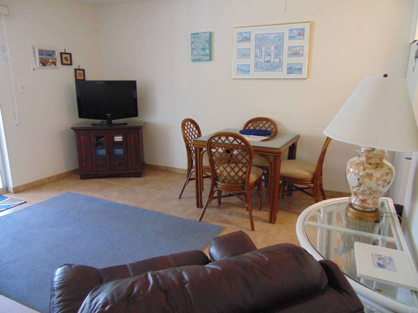 Unit 26 Dining Room and Entertainment