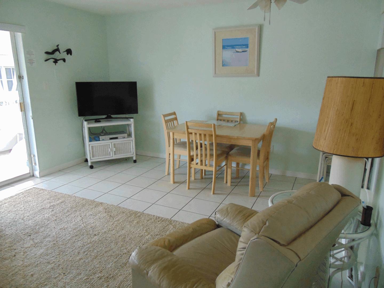 Unit 6 1 BR 1 BA Living Room