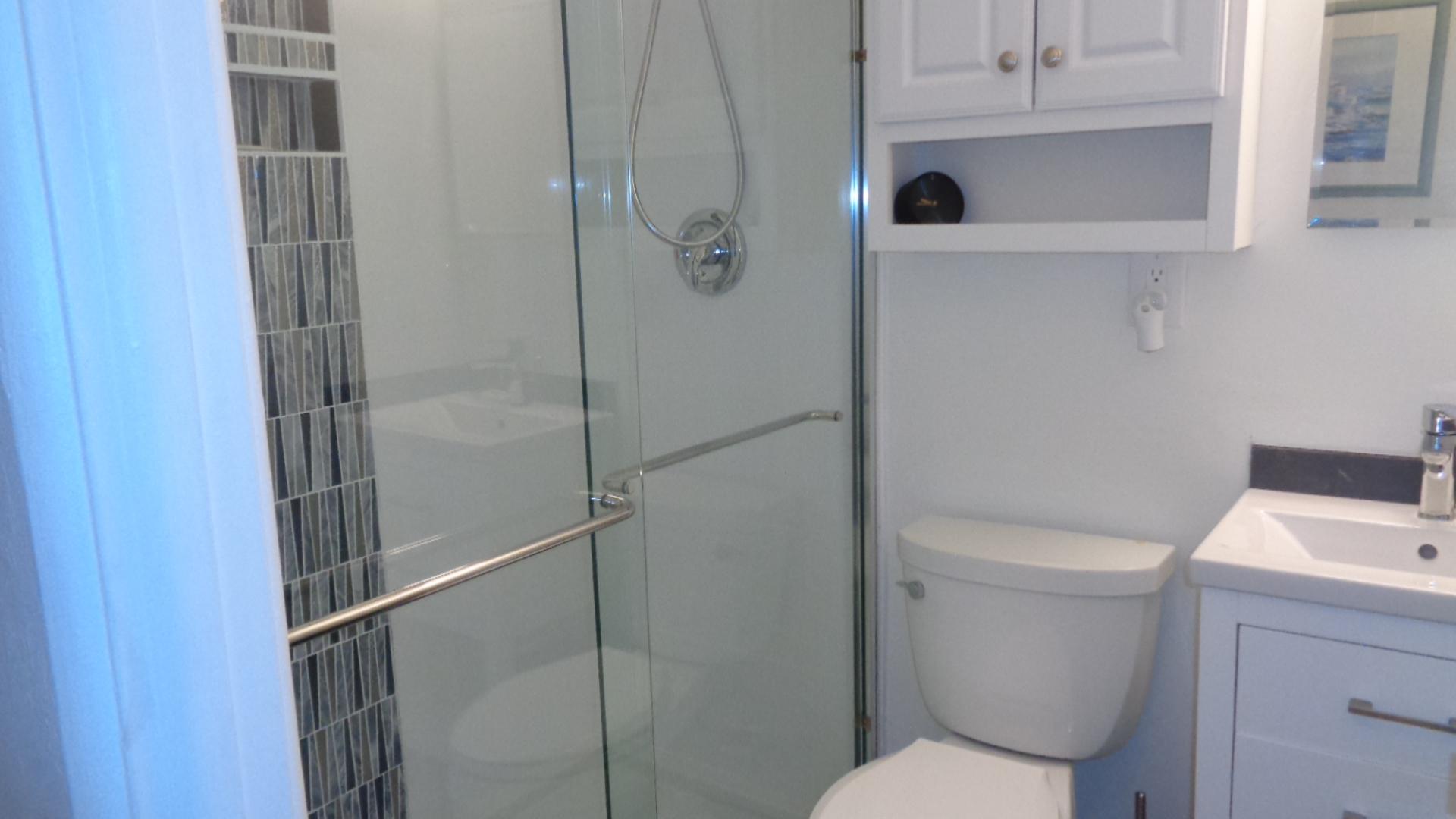 Unit 19 Bathroom